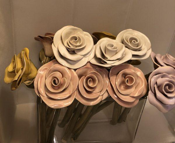 Róża ceramiczna