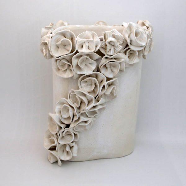 Wazon róże karbowane