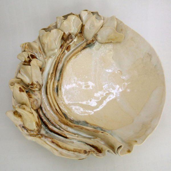 Patera z perłowymi tulipanami